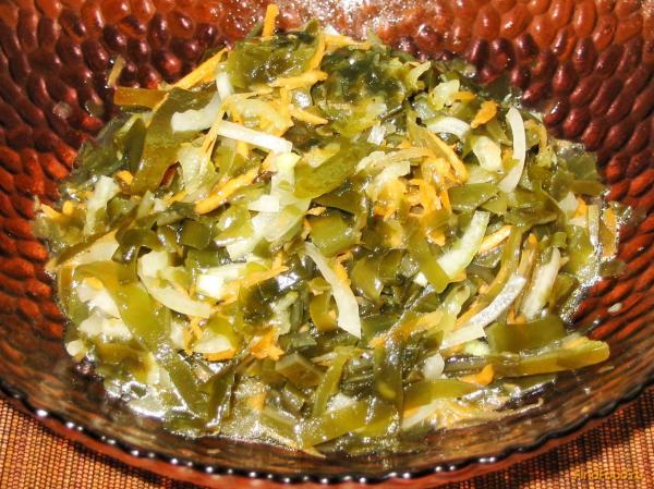 Салат из морской капусты с солёным огурцом рецепт с фото