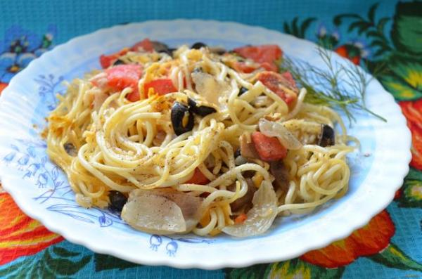 Спагетти с грибами и овощами рецепт с фото