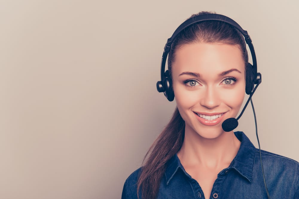 Six Things You Should Know About A Customer Service Agent.