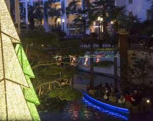 Christmas Is The Perfect Time To Visit The Gaylord Opryland Resort.