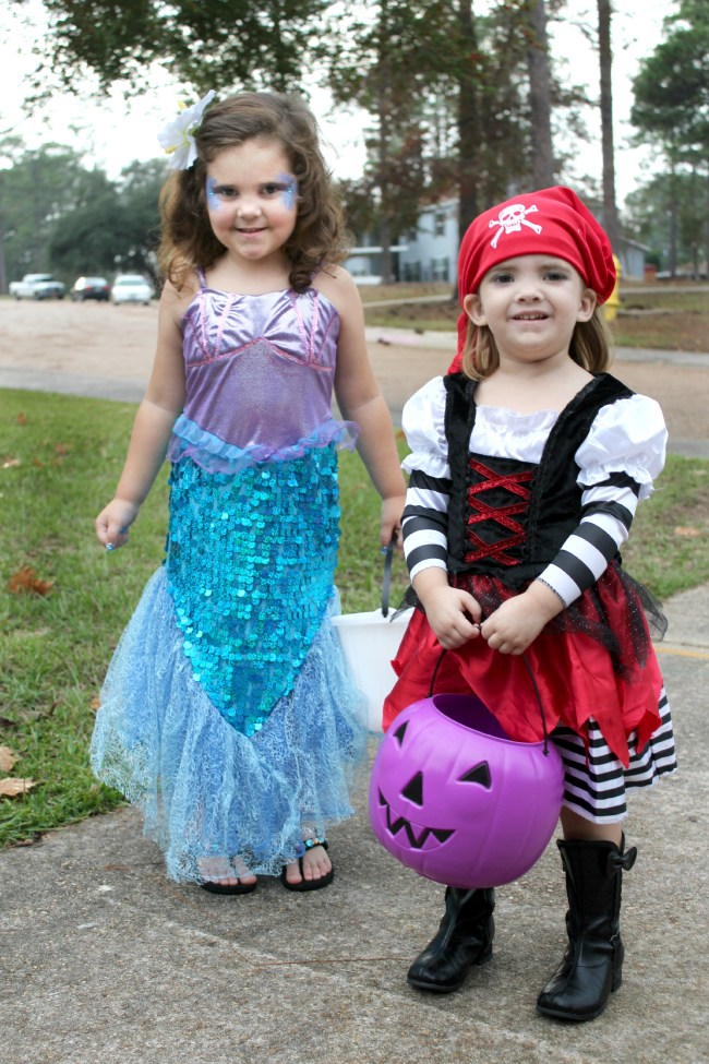 coordinating Halloween costumes for sisters mermaid and pirate