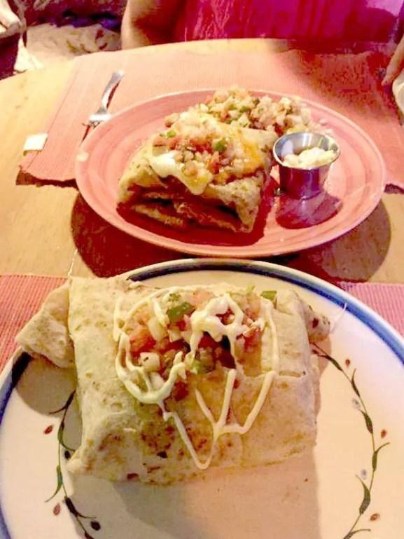 things to do in Roatan Honduras eat delicious food