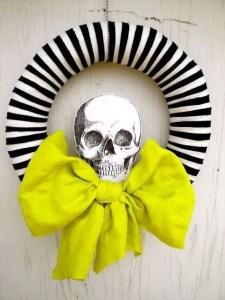 Inspiration for my DIY Halloween wreath.