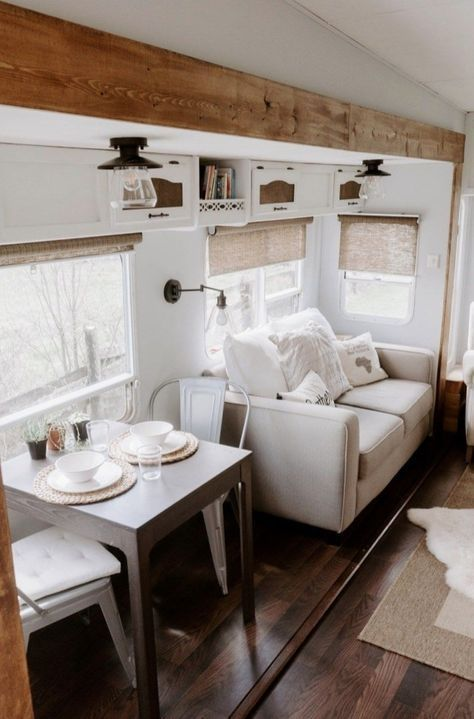 I love the light and airy look of farmhouse campers.