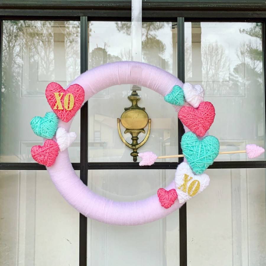 DIY Valentine Wreath | Finding Mandee