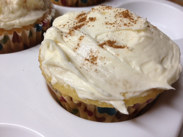 vanilla almond cupcakes with peach jam filling