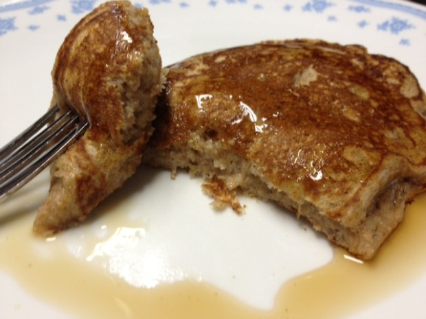 Apple Butter Pancakes - easy & healthy breakfast | finding time for cooking blog