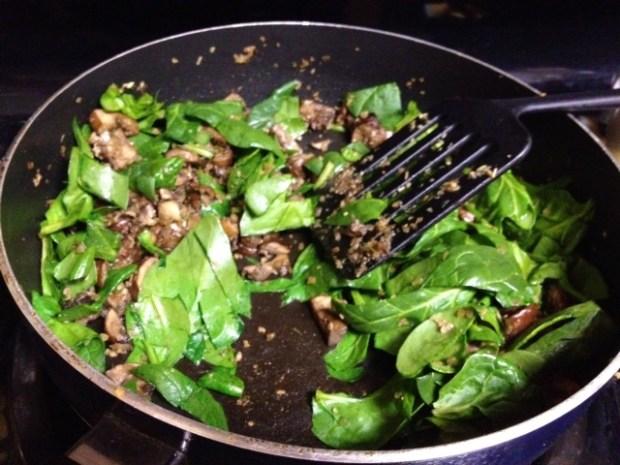 rosemary chicken lasagna mushrooms spinach
