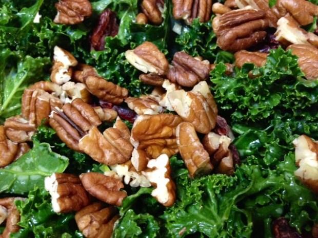 kale quinoa salad pecans