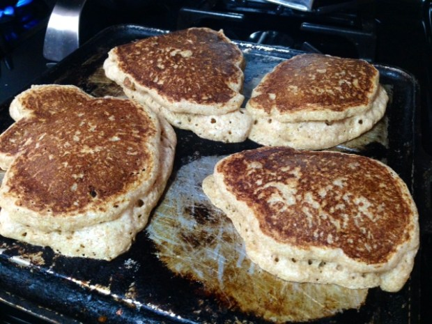 buttermilk pancakes cooked