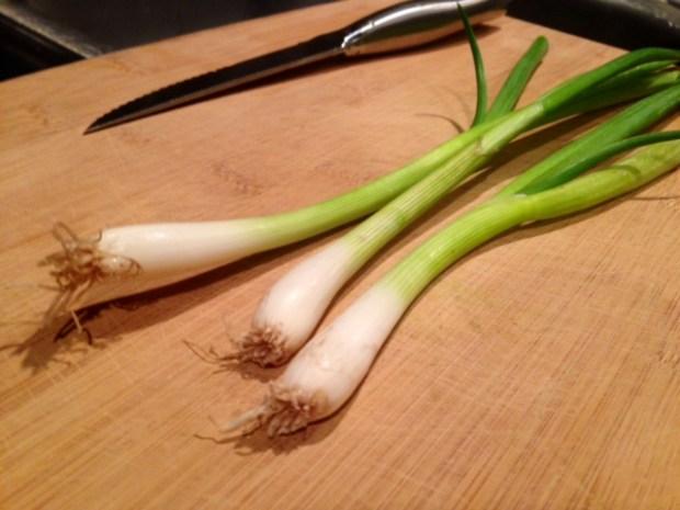 easy pad thai green onions