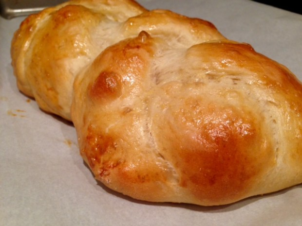 Easy, Awesome Challah Bread done