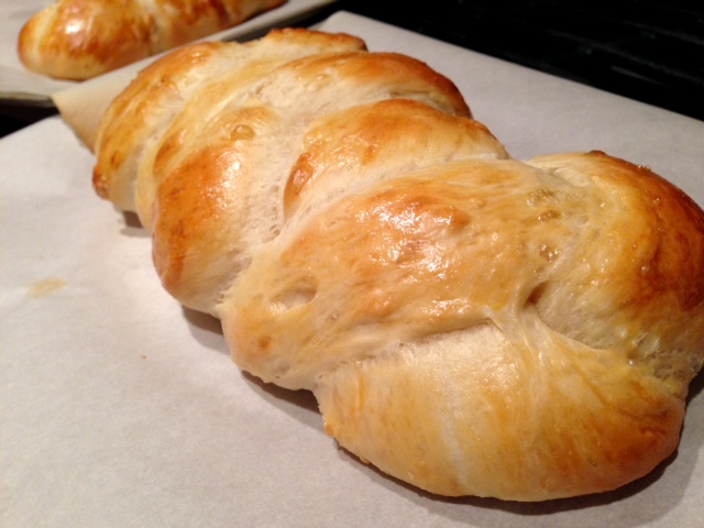 20+ best Thanksgiving recipes - a beautiful soft challah is always a great choice