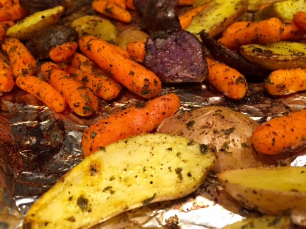 Roasted Carrots & Potatoes with Turmeric finished