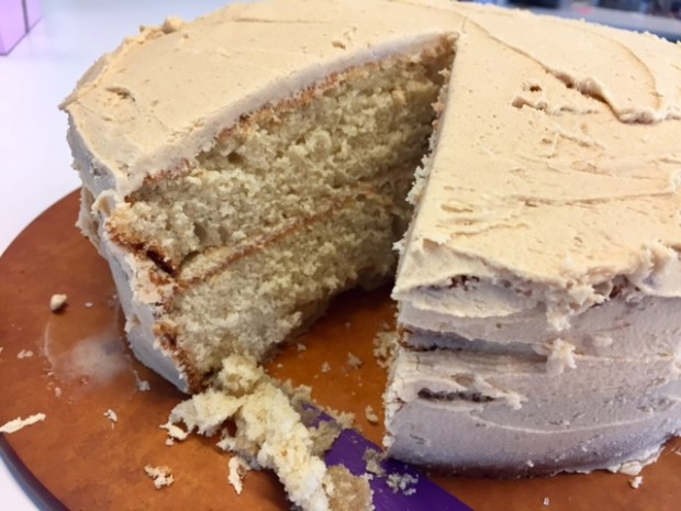 vanilla-spice-coke-cake-with-salted-peanut-frosting-sliced
