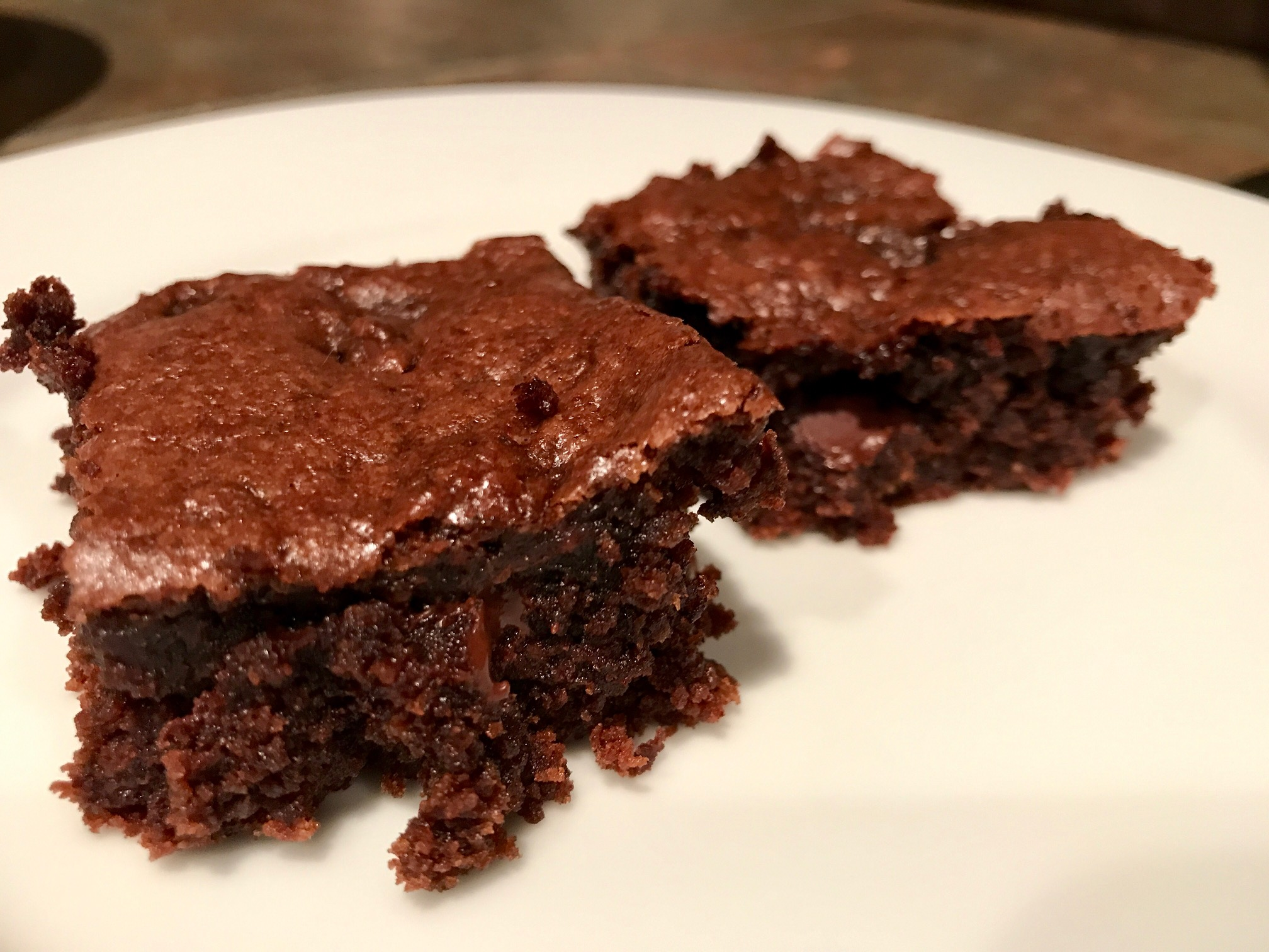 Tahini Brownies...delicious, easy brownie recipe made with tahini (sesame seed paste), can easily be made gluten-free, dairy-free, etc. | Tahini is a food used frequently in Middle Eastern cuisine in both sweet & savory ways. Easy brownie recipes, gluten-free desserts. #brownies #tahini #desserts #recipes