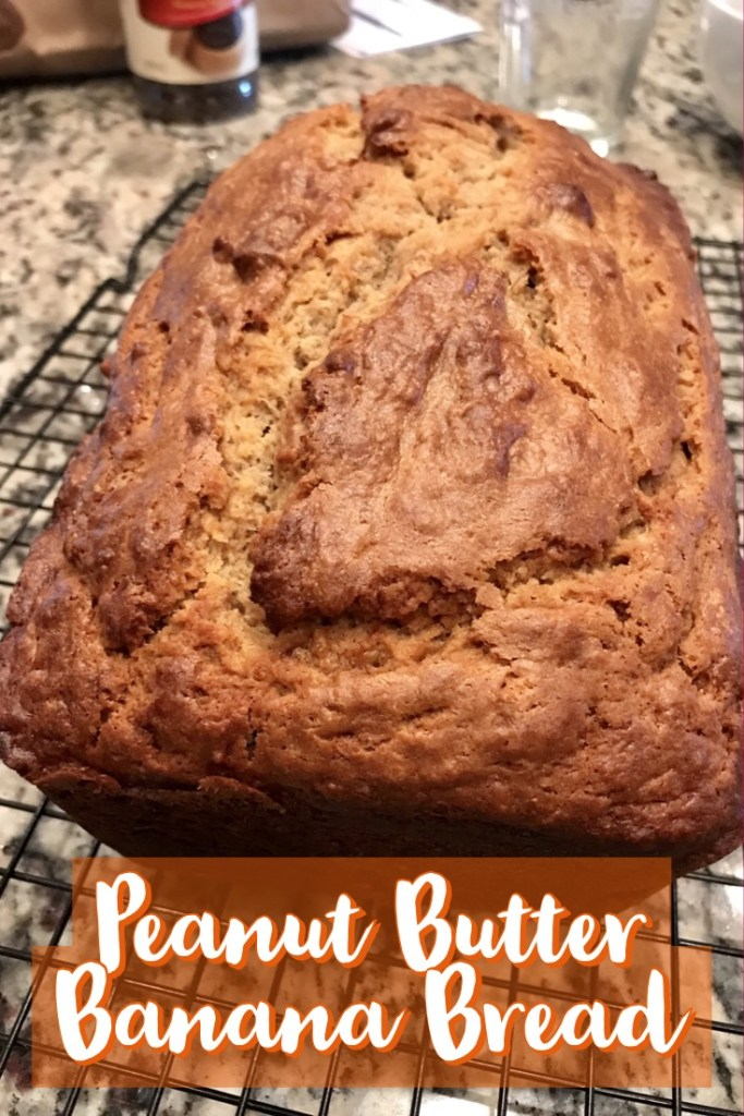 Peanut Butter Banana Bread | this delicious banana bread recipe is super easy, just 5 minutes to mix together. Will be a hit with your family or at work! #bananabread #peanutbutter #recipe