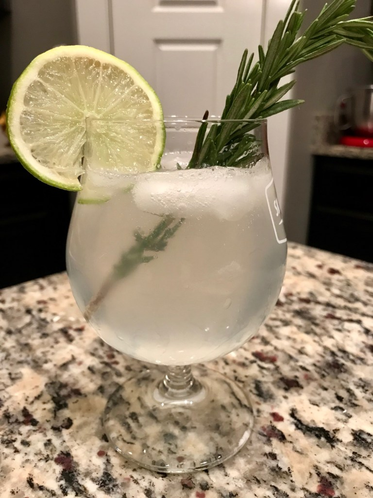 Fizzy Rosemary Gimlet (Gin Cocktail) | finding time for cooking blog