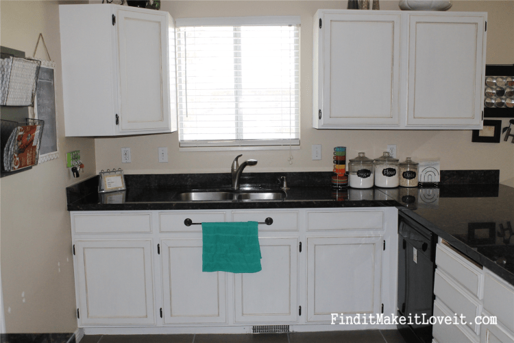 Painted kitchen cabinets DIY (10)