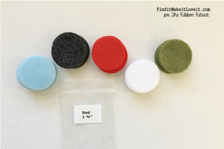 Felt circles in Christmas colors