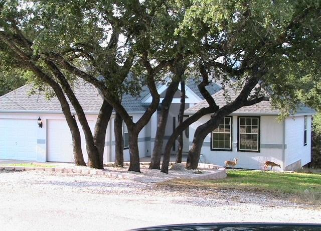 Lago Vista Front House