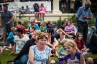 Buskers2015-Crowd(1)