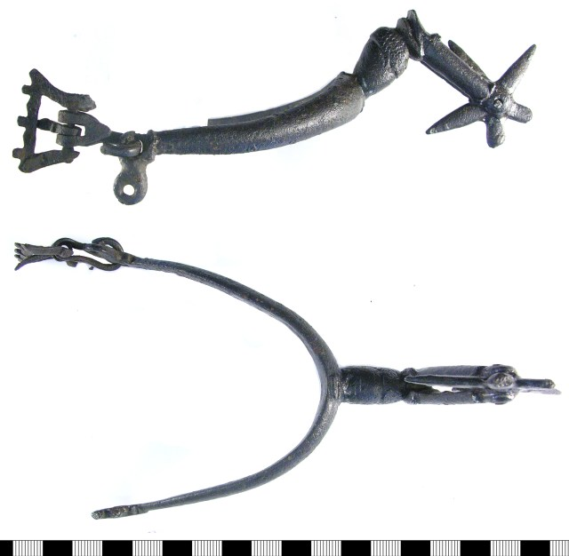 17th-century spur with angled neck and incomplete buckle on a figure-of-eight terminal (LON-B75D94)