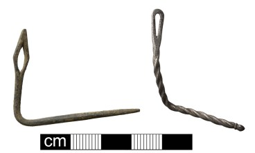 Needles: Probable medieval needle (left, NMS-0169A5); Medieval or post-medieval silver probable couching needle (right, NMS-481693). Copyright: Norfolk County Council; CC-BY-SA licence)