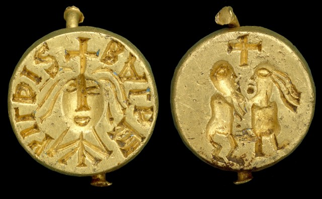 Gold seal matrix inscribed BALDEhILDIS, probably of Queen Balthild of France (PAS-8709C3)