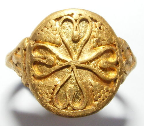 Early Medieval gold ring