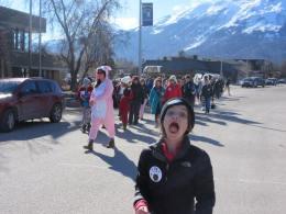 marching photobomb
