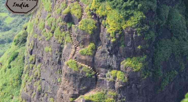 kalavantin-durg-view-from-prabalgad-closeup-of-steps1