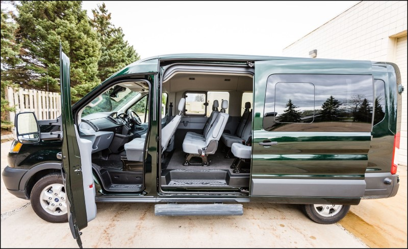2020 Ford transit Wagon 12 Passengers Interior