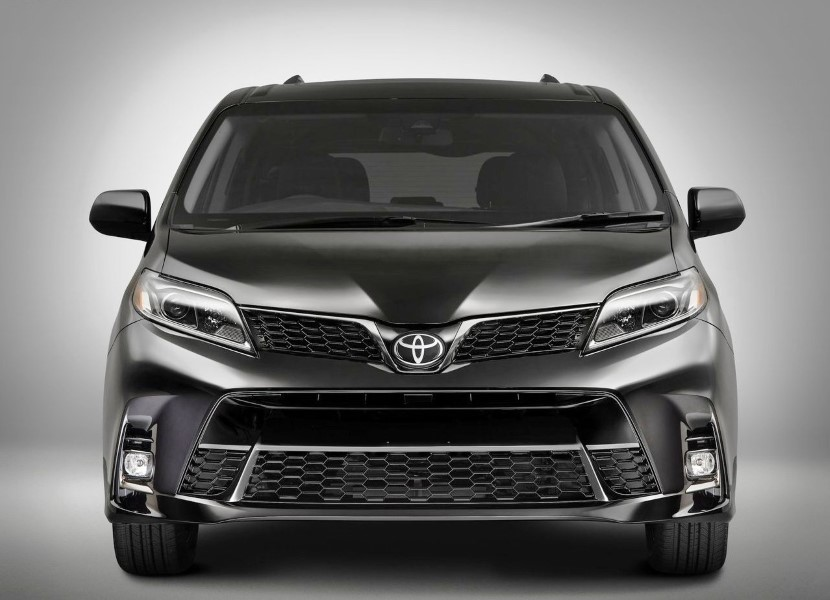 2020 Toyota Sienna Hybrid XLE Minivan Exterior Changes