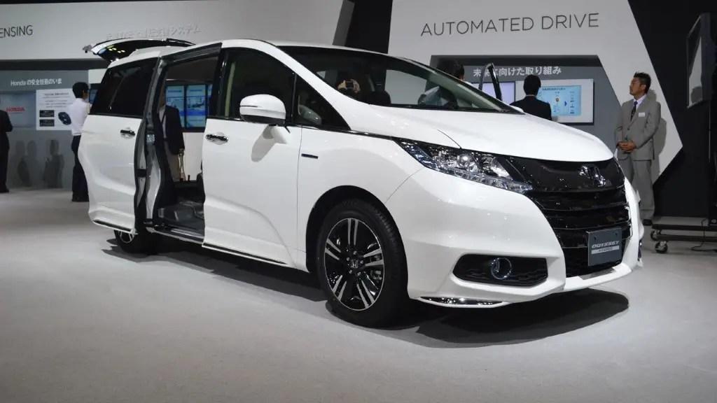 2020 Honda Odyssey - Best MPV For 3 Car Seat