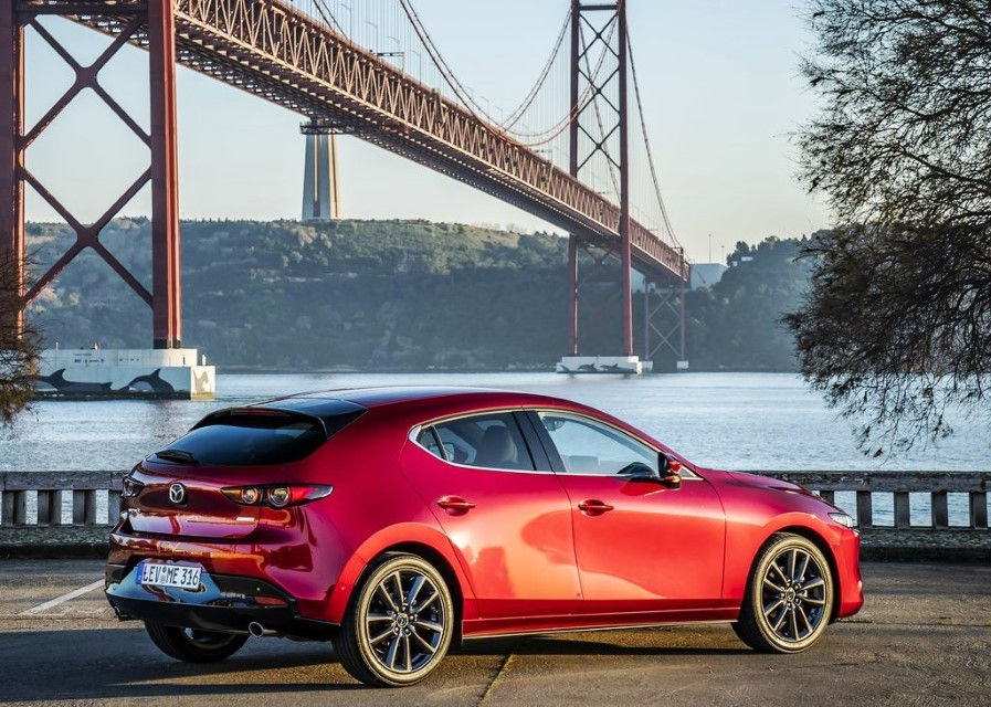 2020 Mazda 3 Hatchback Facelift & Updates
