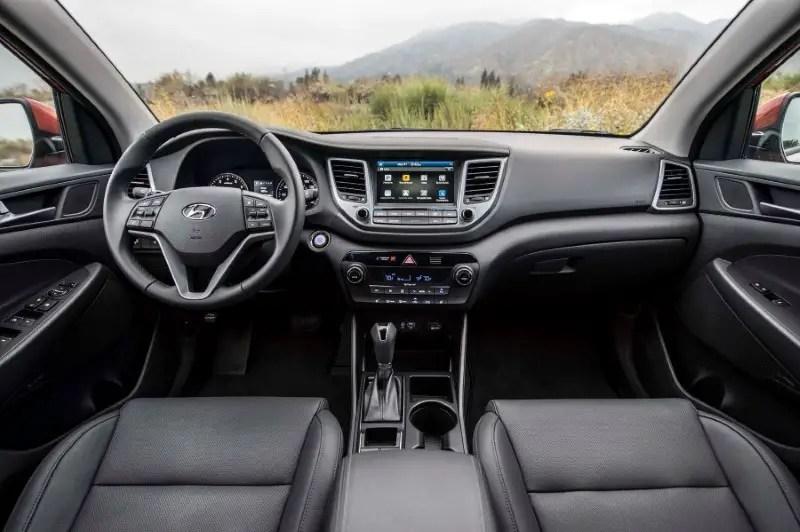 2020 Hyundai Tucson Night Edition Interior Photos
