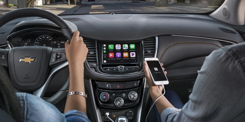 2020 Chevy Trax Interior Feature With Apple Carplay