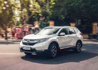Read more about the article 2020 Honda CR-V Hybrid Review, Price & Configurations