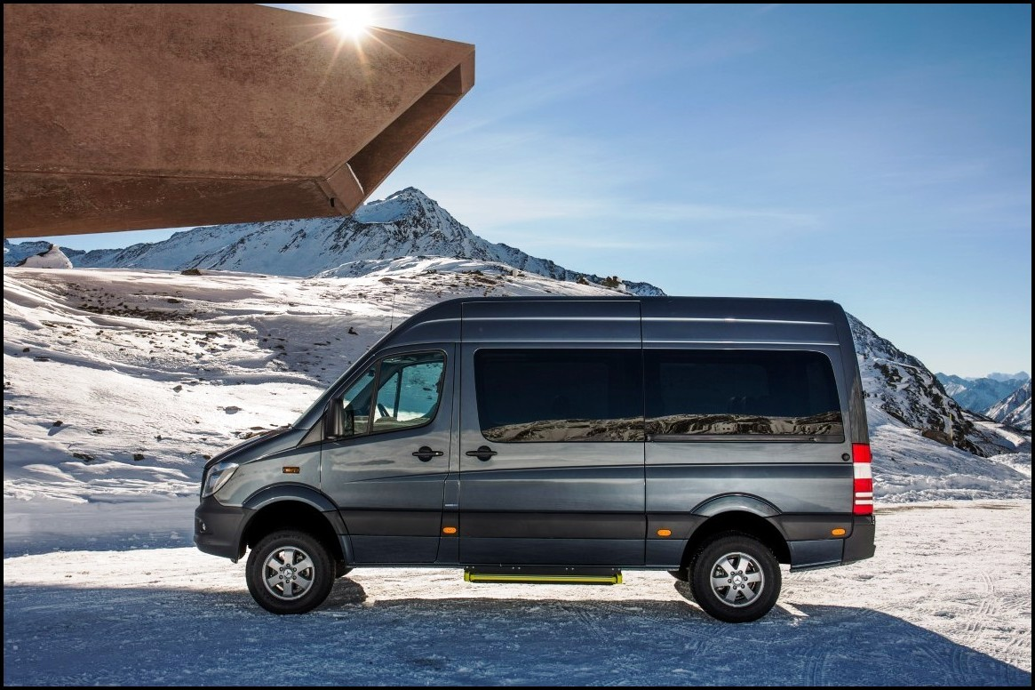 2020 Mercedes Sprinter 4X4 3500 4WD Preview