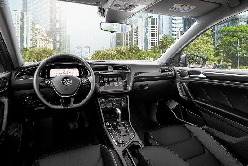 2020 VW Tiguan Interior WIth More Space and Technology