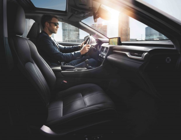 2021 Lexus RX 450h Interior Specifications