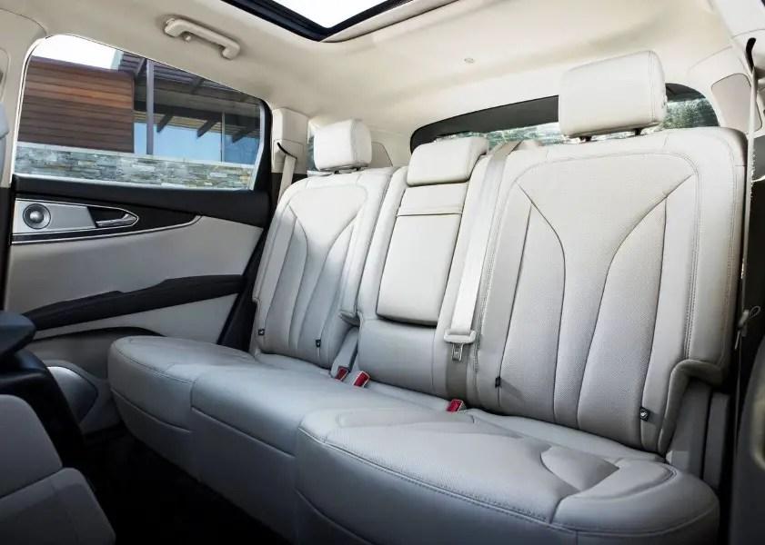 2020 Lincoln Nautilus SUV Passenger Capacity