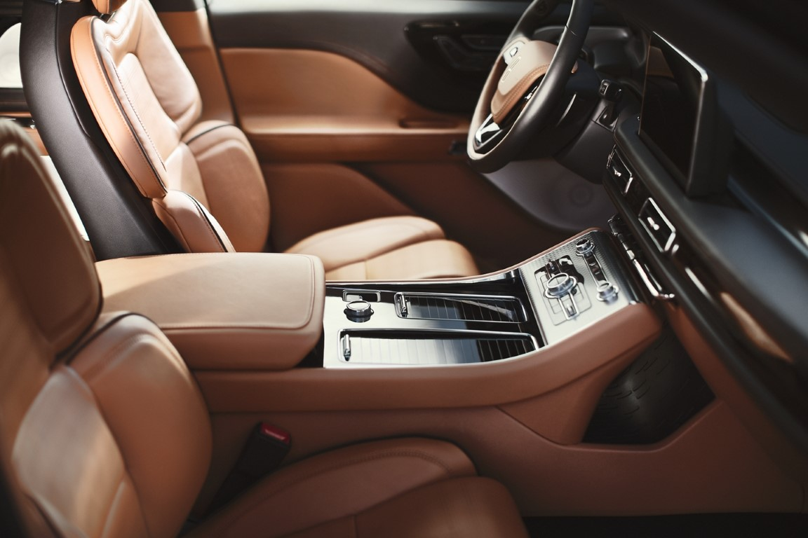 2021 Lincoln Aviator Interior With Leather Material