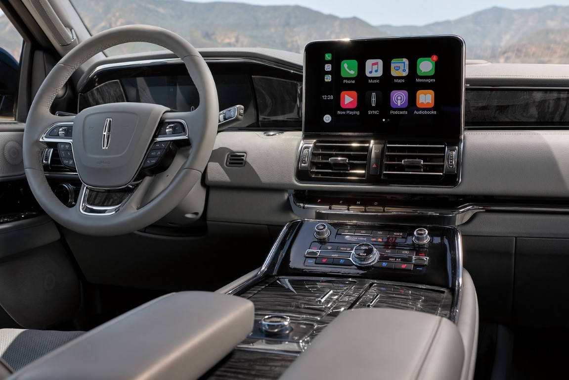 2021 Lincoln Navigator Navigation With 360 coPilot
