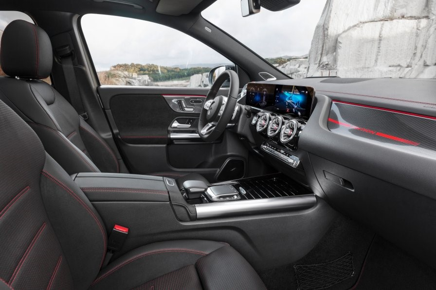 2021 Mercedes GLA Sporty Looking Interior