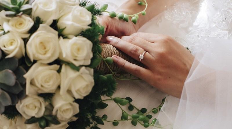 Bride Flower Ring Wedding Bridal  - guveng / Pixabay