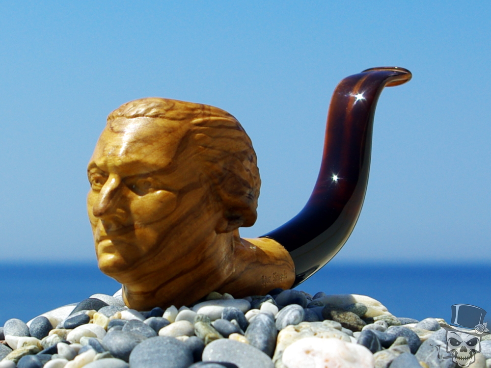 M-242d-olive US President George Washington – Tobacco Smoking Pipe