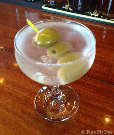 The Quest to Lose 10 Pounds in 6 Weeks - Week Four. Fran is up to week four of his weight loss quest and celebrating a loss…with a martini.