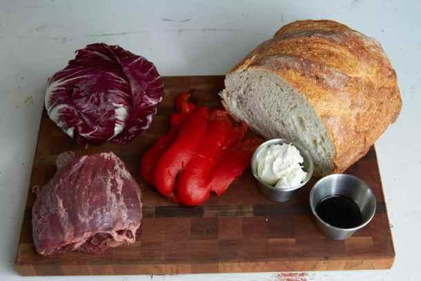 15-1017-italiansteaksandwich001